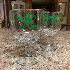 Christmas Holly Goblets (2)